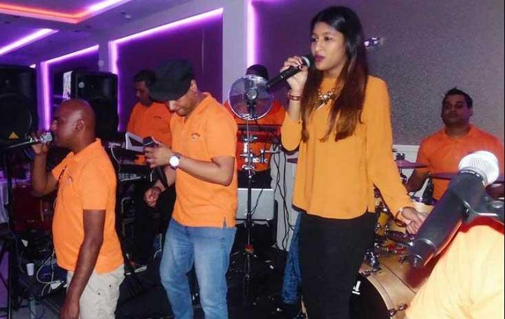 Lady Sanjana - Live optreden